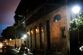 voodoo tours new orleans the only 4 in 1 combo walking tour in new orleans experience the
