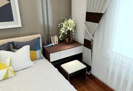 2017 modern style bedroom bedside cabinet with flower arrangement
