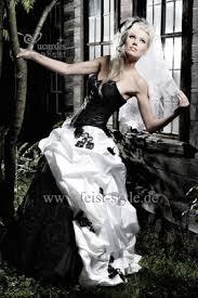 brautkleider schwarz weiãÿ extravagante brautmode schwarze brautkleider schwarz weiße und