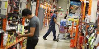 home depot open in thanksgiving home depot outperforms lowe u0027s again