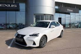 lexus is zibintai is 300h luxury naudoti automobiliai