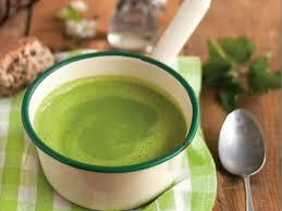 cuisiner l ortie soupe à l ortie recette ortie saines gourmandises et recette soupe