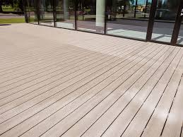recycled mixed plastic decking