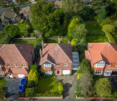 4 bedroom detached house for sale in avondale avenue stockport sk7