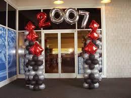 balloon arrangements for graduation balloons