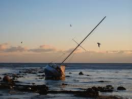 soul amp wrecked stranded sailboat on lake michigan milwaukee
