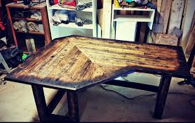 Diy Pallet Desk 122 Awesome Diy Pallet Projects And Ideas Furniture And Garden