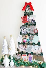 christmas card display holder diy christmas card holder and display ideas landeelu