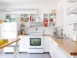 best cleaner for wood kitchen cabinets cleaning kitchen cabinets how to clean wood painted