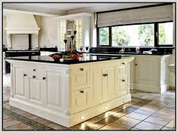 Dark Shaker Kitchen Cabinets Kitchen Antique White Shaker Kitchen Cabinets Best 2017 Best