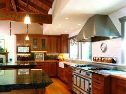 hotte industrielle cuisine indogate com cuisine noir bois inox