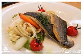 la cuisine de ma m鑽e 20170502 美食restaurant at evoluon eindhoven 寫在鬱金香的國度