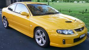 opel australia file 2004 2005 holden vz monaro cv8 coupe 01 jpg wikimedia commons