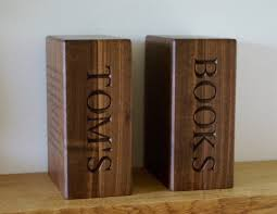 engraved bookends personalised wooden bookends makemesomethingspecial