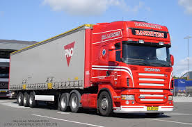 red volvo truck car picker red volvo trucks