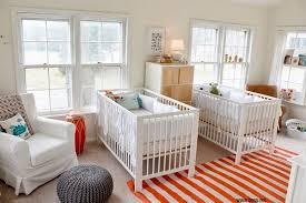 chambre bébé jumeaux bébé et décoration chambre bébé santé