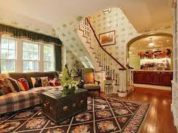 Eclectic Living Room With Interior Wallpaper  High Ceiling In - Poppy wallpaper home interior
