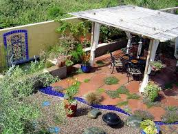 15 innovative designs for courtyard gardens hgtv 37 best for my garden and patio images on garden hgtv