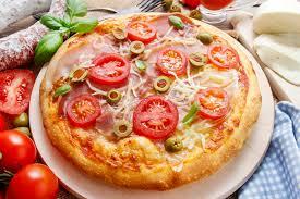 cuisine italienne pizza cuisine italienne pizza photo stock image du couleur 42034438