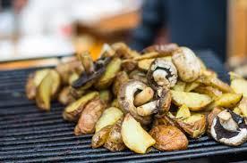 patate en robe de chambre pommes de terre au barbecue
