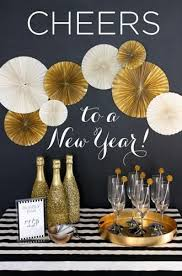 Diy New Years Eve Decorations 2015 by Best 25 New Years Decorations Ideas On Pinterest New Years Eve