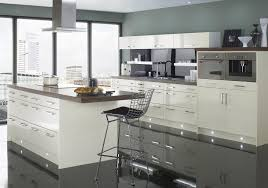 Shaker Style White Kitchen Cabinets White Bright Shaker Style Wooden Kitchen Cabinet Black Granite