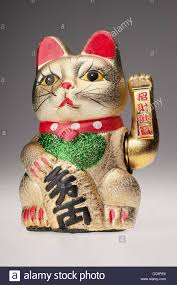 maneki neko the beckoning cat japanese fortune charm with
