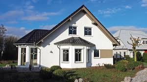 Haus Immobilien Individuelle Fertighäuser In Höchster Qualität Von Logo Haus Aus