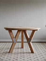 White Circle Table by Ana White Y Truss Round Table Diy Projects