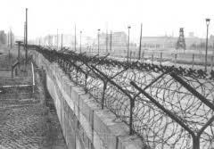 second berlin who built berlin wall