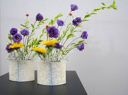 Japanese Flower Vases The Ultimate Guide About Ikebana Flower Arrangement Yabai The