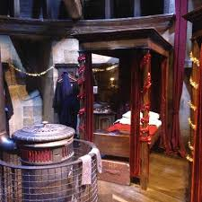 gryffindor bedroom gryffindor bedroom picture of warner bros studio tour london