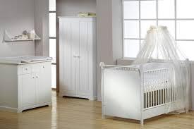 chambre bebe blanche chambre enfant blanche coucher occasion ameublement jaune ciel
