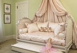 canopy beds for little girls daybed stunning daybed for girls cool room themes for teenage