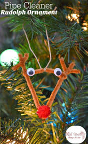 easy diy pipe cleaner rudolph ornament for kids to make