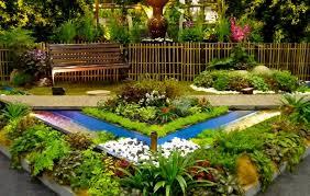 enticing simple garden design concept having circle edges layering