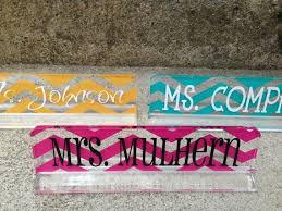 Custom Desk Plaque Best 25 Desk Name Plates Ideas On Pinterest Teacher Name Plates