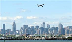New York travel bug images Faa probes near collision above new york the travel bug jpg