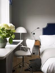How To Decorate A Guest Bedroom On A Budget - 7 inexpensive ways to spruce up your guest room mydomaine