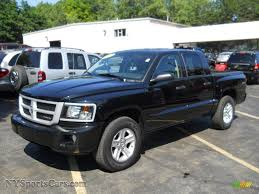 dodge dakota crew cab 4x4 for sale 2011 dodge dakota big horn crew cab 4x4 in brilliant black