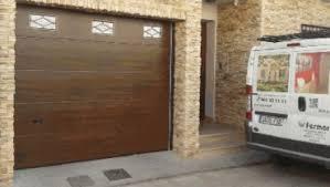 puertas de cocheras automaticas puertas de garaje autom磧ticas seccionales y de cocheras en abacete y