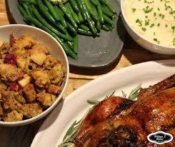 cuisiner canard entier canard entier à la façon d une dinde et farce à la saucisse