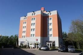 rue de la cuisine chasse sur rhone hotels com hôtel ibis lyon sud chasse sur rhône