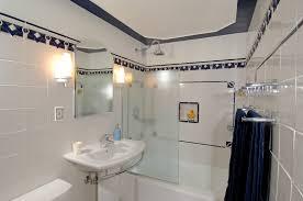 simple art deco bathroom in interior design ideas for home design