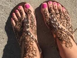 skilled henna tattoo artists available for kids parties in