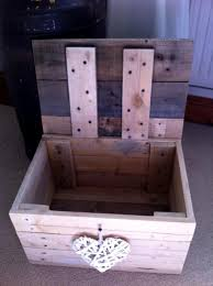 Small Toy Box Plans by Get 20 Small Pallet Ideas On Pinterest Without Signing Up