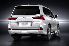 lexus lx 2016 drive test 2016 lexus lx 570 first look review motor trend