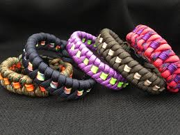 paracord woven bracelet images 550 paracord bracelet in the fishtail weave with stripe your jpg