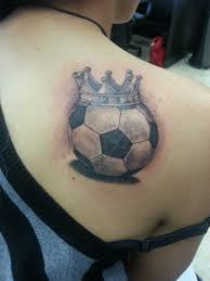 football wearing crown by rudy back