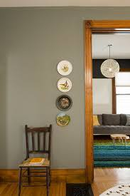 what color cabinets go with oak trim paint colours that go with wood trim